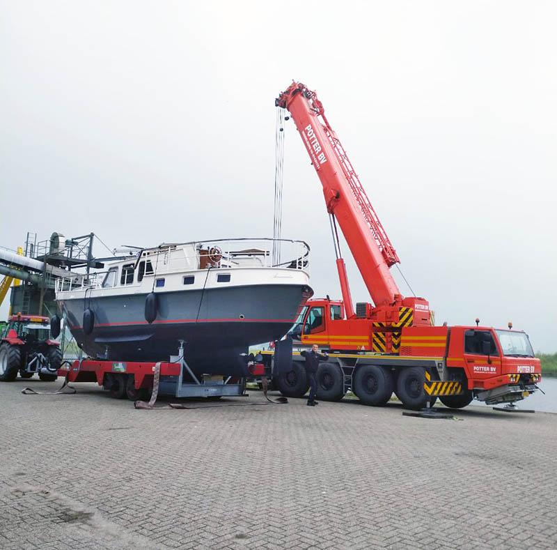 boot kranen transport